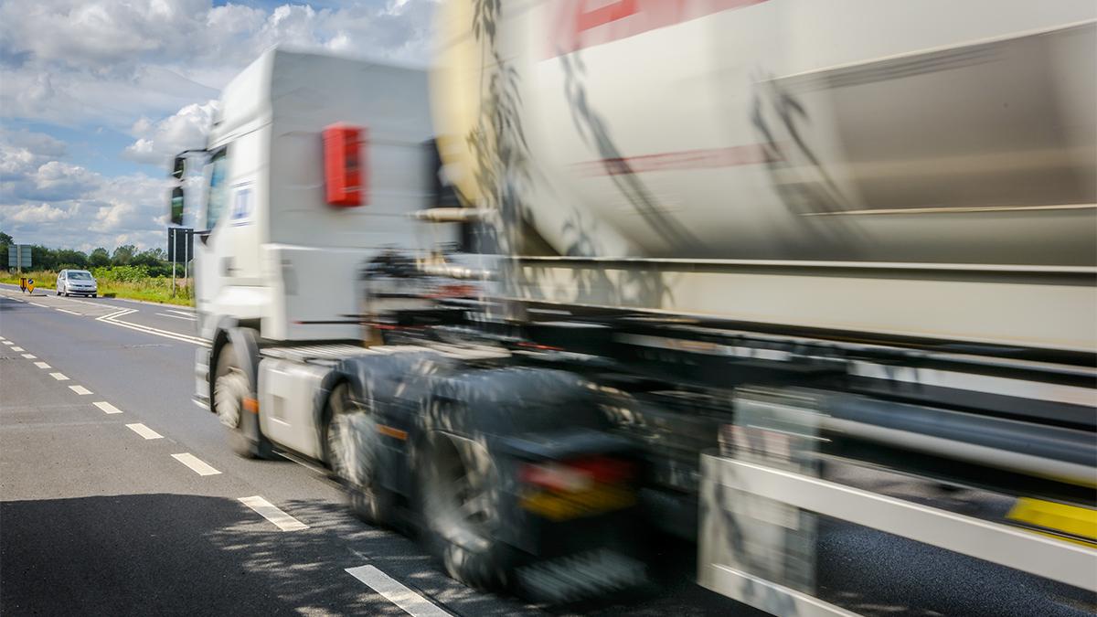 Dedicated ADR | European dangerous goods transport | Hazardous loads UKt